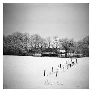 gehoft-im-schnee